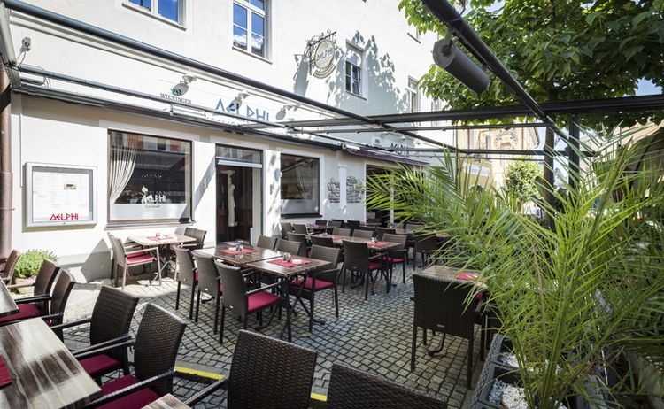Restaurant Delphi Aussen